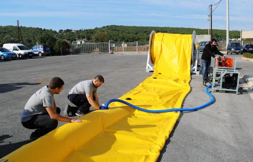 INFLATABLE BOOM A SERIES, LIGHTWEIGHT CONTAINMENT BOOMS, COMPACT OIL BOOMS, OIL SPILL BOOMS 04