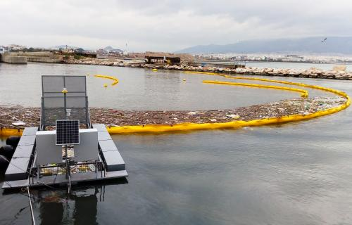 MARINE LITTER MARINE LITTER COLLECTION  PLASTICS RIVER LITTER CONTAINMENT TRASH SYSTEM 02